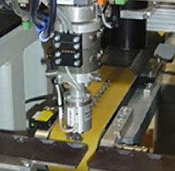 精密切削工具のマシンビジョン検査装置【ROBOWORKER Automation GmbH社】